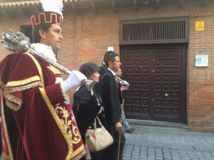 アルカラの市長と伝統服