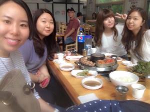 韓国語の会話も弾みます