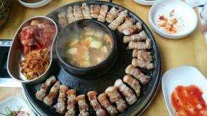 台湾人の友達と一緒に食べたサムギョプサル