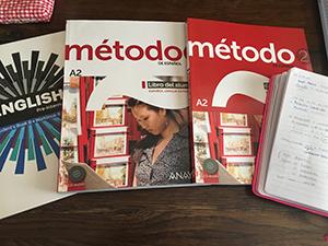 今使っている教科書とノート