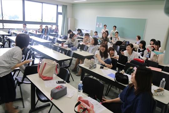 クラスの写真撮るで~~!